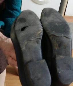 170406 Chaussures de Mémo en gros plan