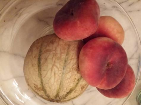 170705 La valse des fruits - melon et pêche vigne