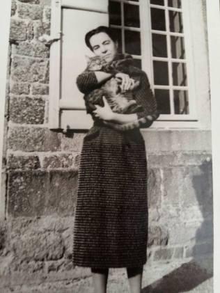 170710 Antoinette de Mathan jeune adulte - Née le 10-07-1920