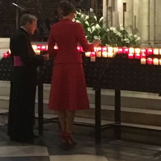 170715 Mélania Trump et le cardinal à Notre Dame de Paris le 14 07 17