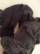 170801 Chaussettes trouées