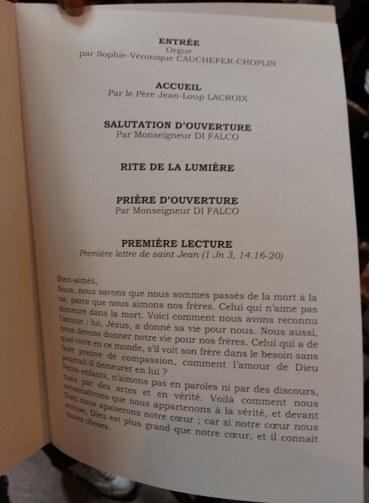 170901 Mireille Darc - Livret de messe page 1