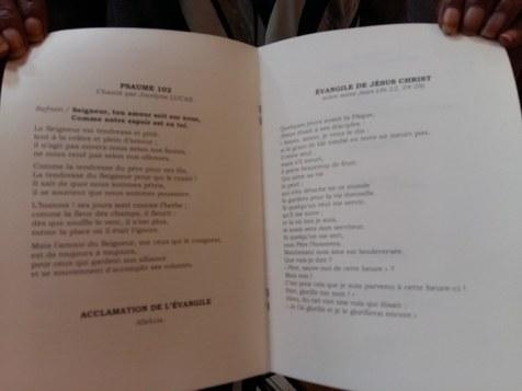 170901 Mireille Darc - Livret de messe pages 2 et 3